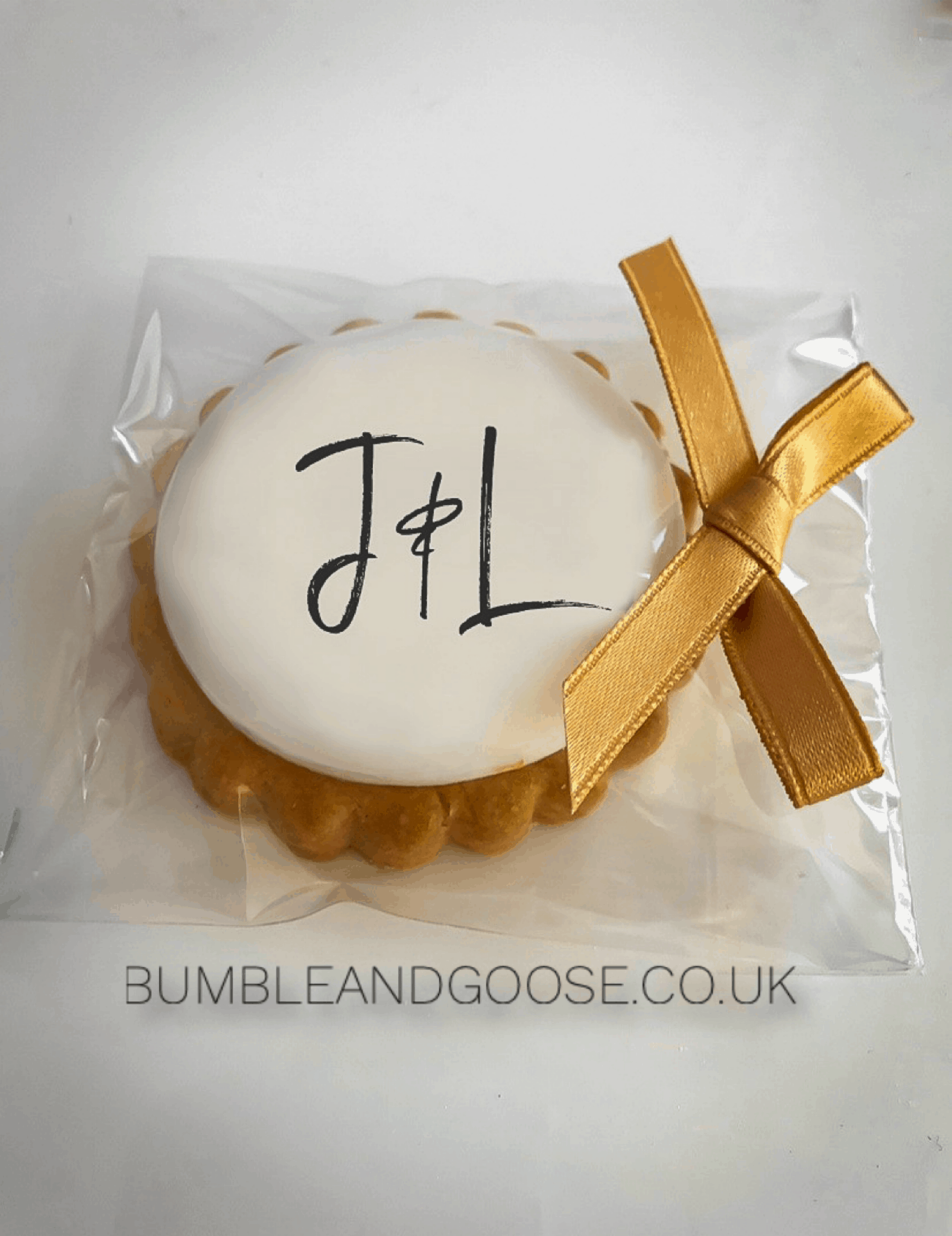 Wedding Favours – 25 Personalised Biscuits