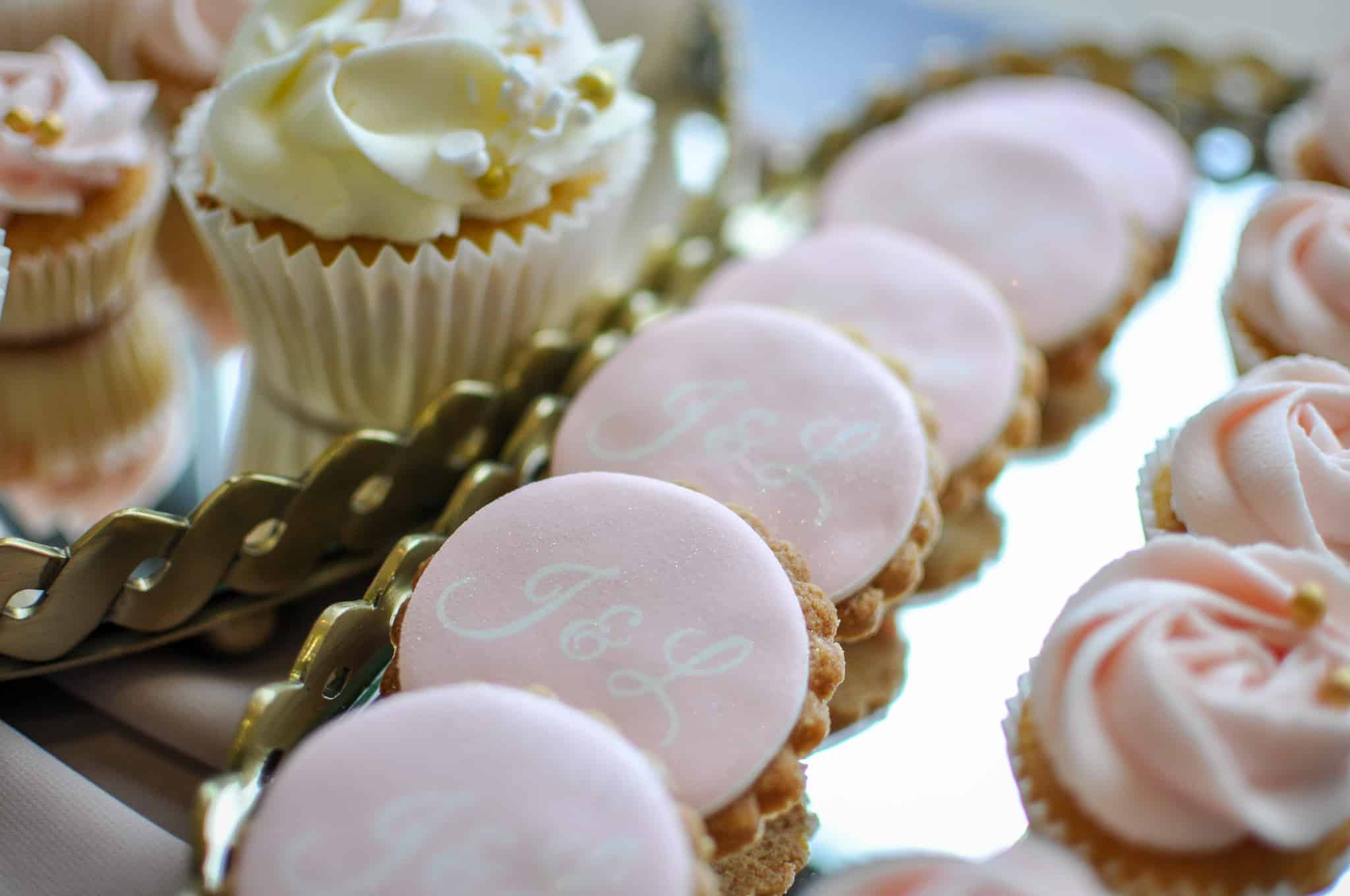 Wedding Biscuits – 25 Personalised Biscuits
