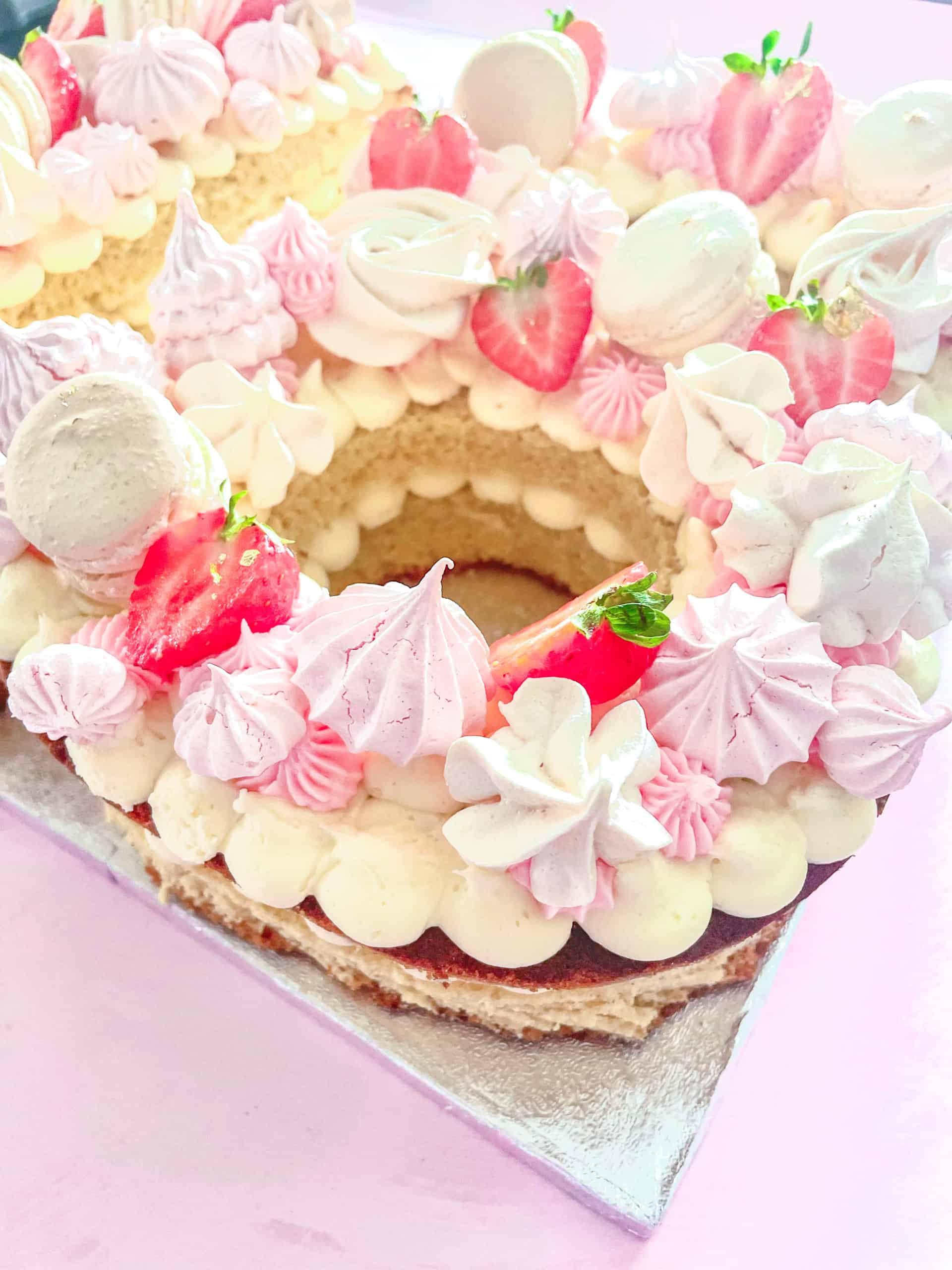 Meringue and strawberries number cake