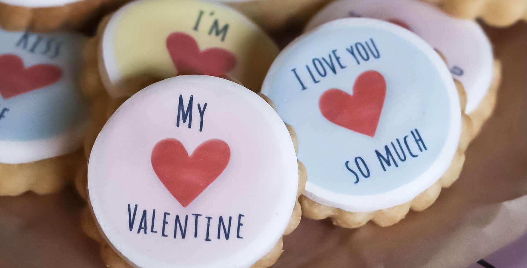 Valentines Gift Biscuit Bundle – Brownies & Biscuits